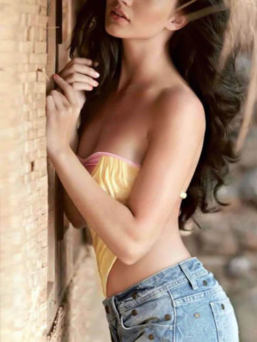 Miss Dipika Independent Munirka Escorts